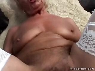 jav  mom pov  ,  mother  ,  old granny   porn movies